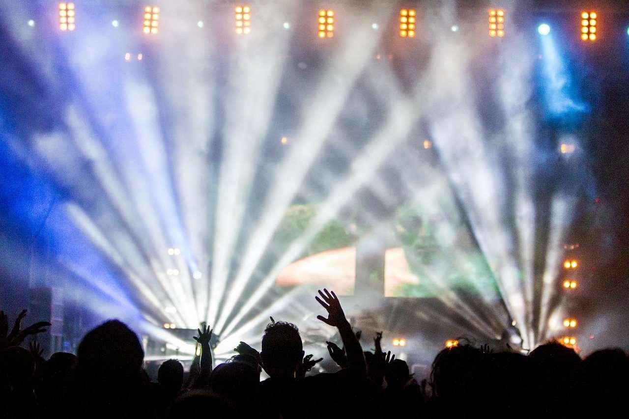 tapones para músicos en concierto